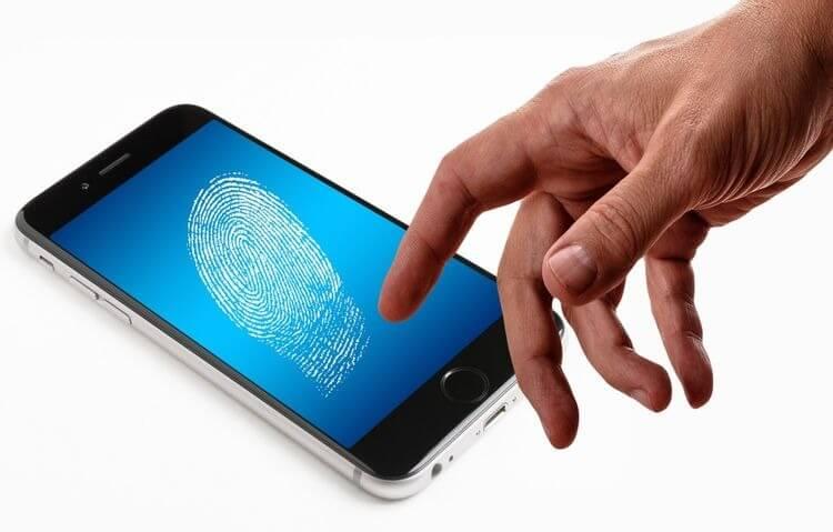 trao điện thoại bằng dấu vân tay