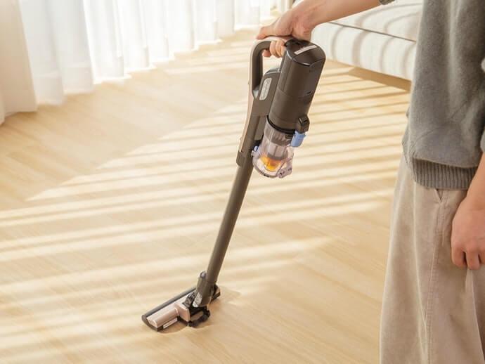 Có thể sạc lại: dễ vận hành và mang theo, có thể sử dụng trên cầu thang hoặc trên ô tô