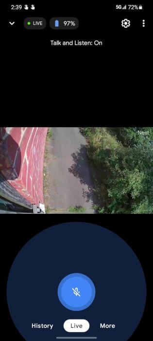 Ảnh chụp màn hình Nest Cam trên điện thoại thông minh 5