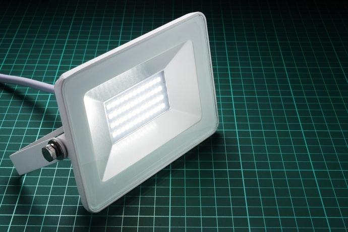 Kiểm tra độ sáng của sản phẩm